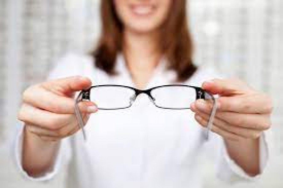 Multifocal Options for You - Progressives Vs Bifocals